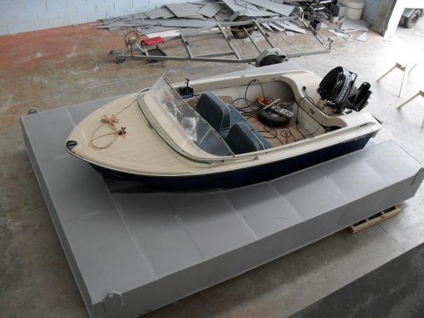 Plaztuff docking pontoon